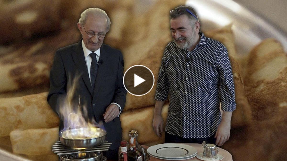 Un espectáculo en llamas. Josep Monje nos prepara unas crepes Suzette.