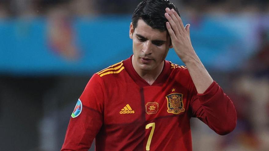 España choca contra el gol, debate nacional