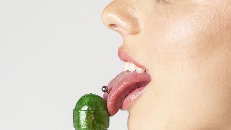 Tres hábitos que haces día a día y que pueden perjudicar gravemente la salud de tu boca