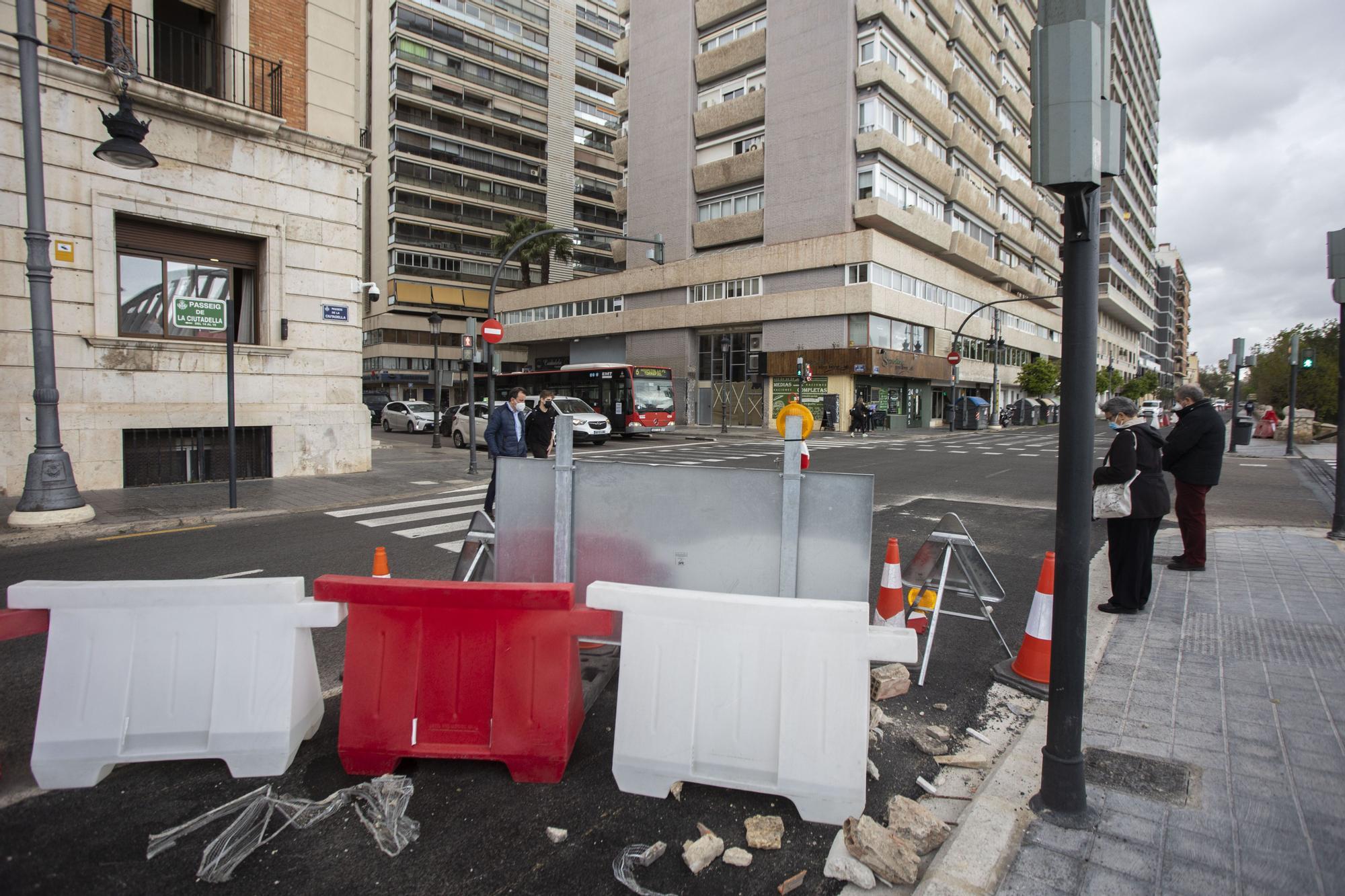 Así están las obras del nuevo carril bici del Paseo de la Ciutadela