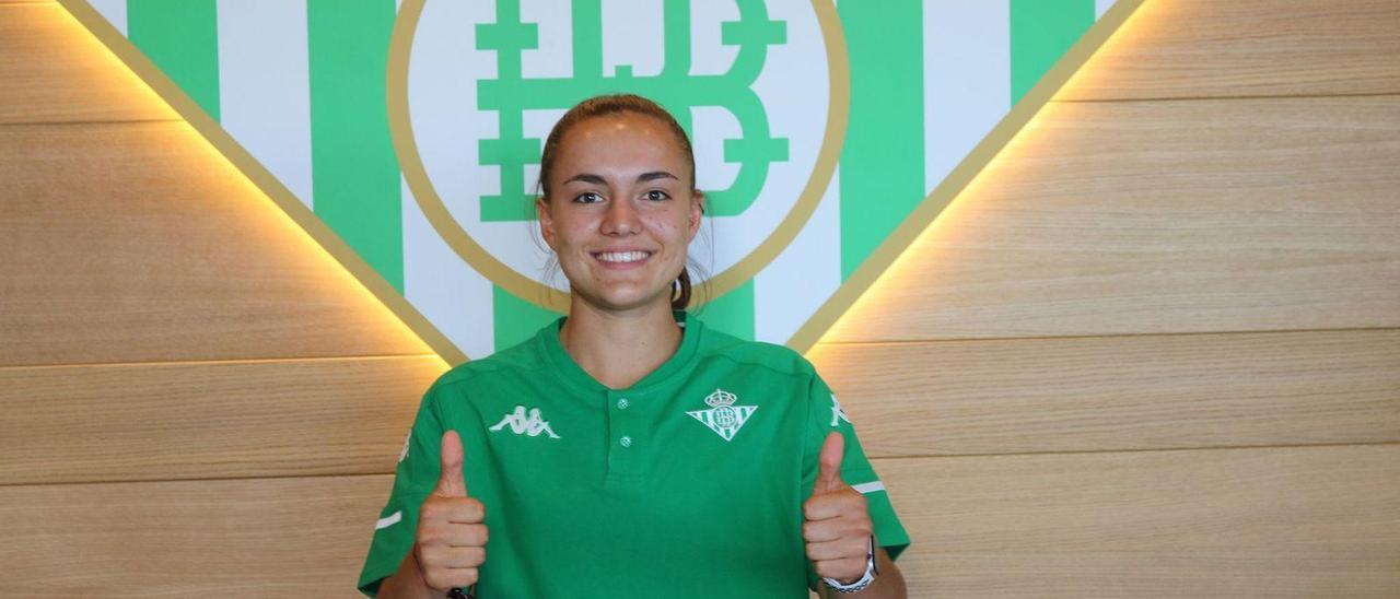 Laurina, con el Betis