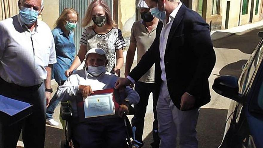Homenaje en Tábara a un vecino centenario