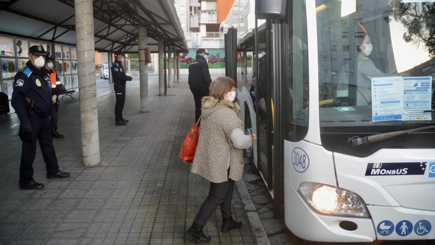 Los usuarios del transporte público podrán abaratar el billete con un mínimo de 20 viajes al mes