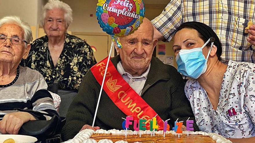 Manuel Martínez Molezuelas cumple 104 años en Ferreras de Abajo