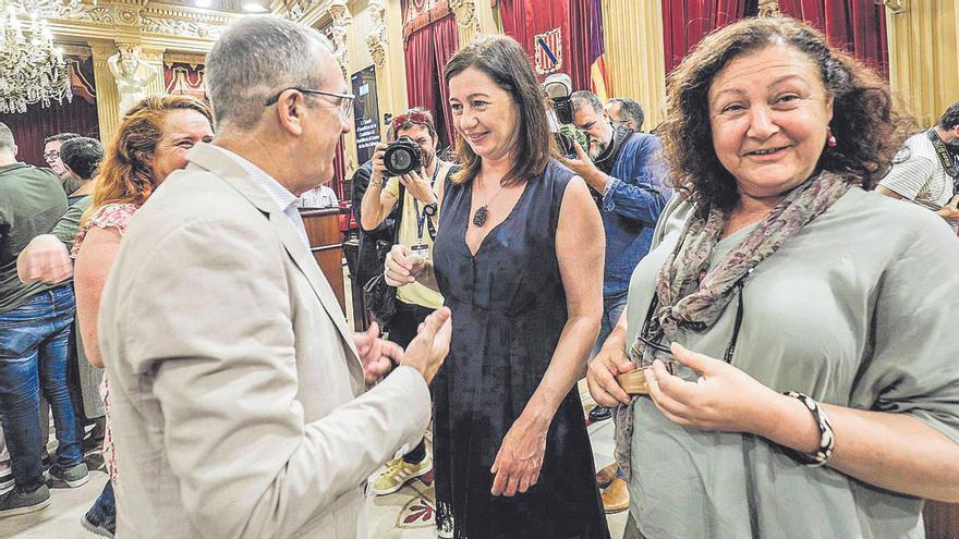 El Govern aprueba la reducción del plus de 22.000 euros para altos cargos de otras islas