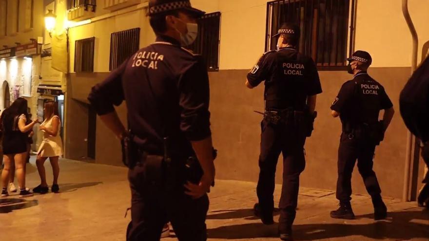 105 denuncias por botellón en Alicante el primer fin de semana sin toque de queda
