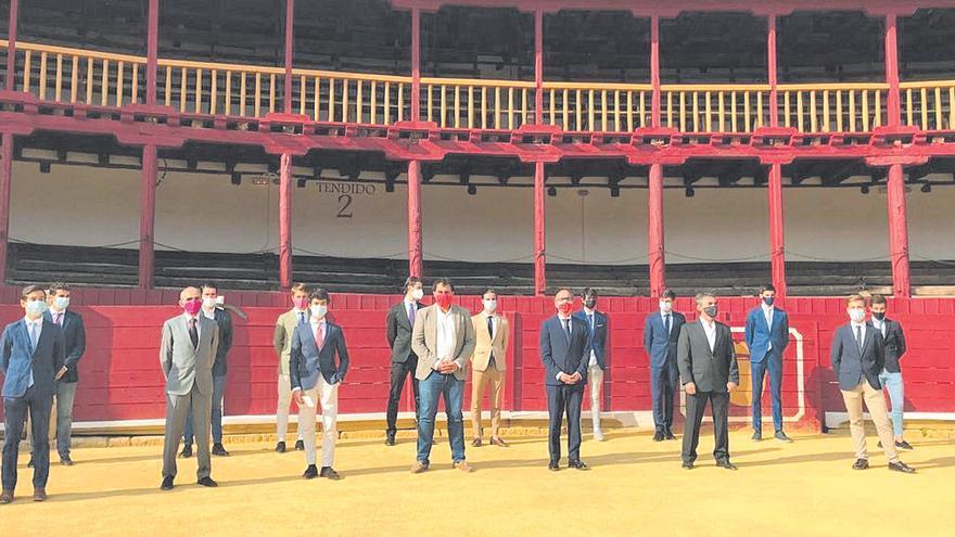 Cultura presenta un ciclo taurino de novilladas en Toro, cuya plaza se queda al margen del certamen