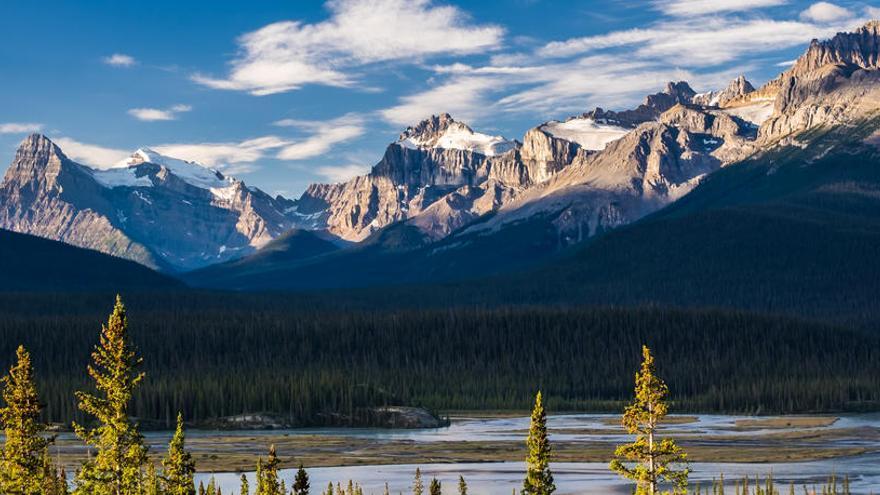Canadá recupera los cuerpos de los alpinistas fallecidos