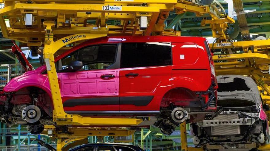 Ford complementa el salario de su plantilla en el ERTE al 80%