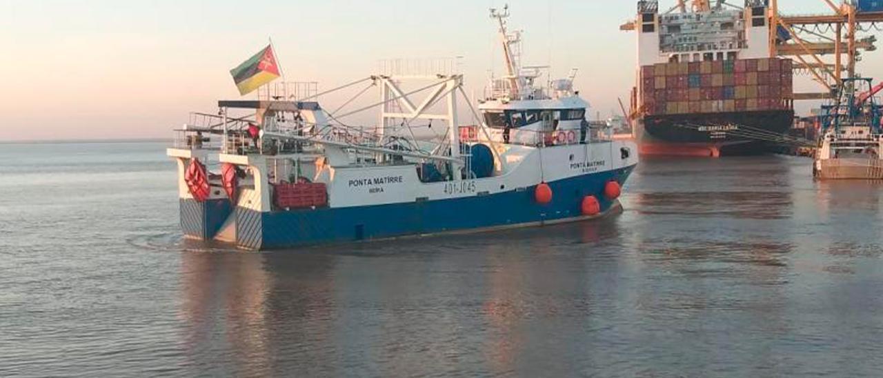 El Ponta Matirre, tras completar su primera marea en Mozambique.