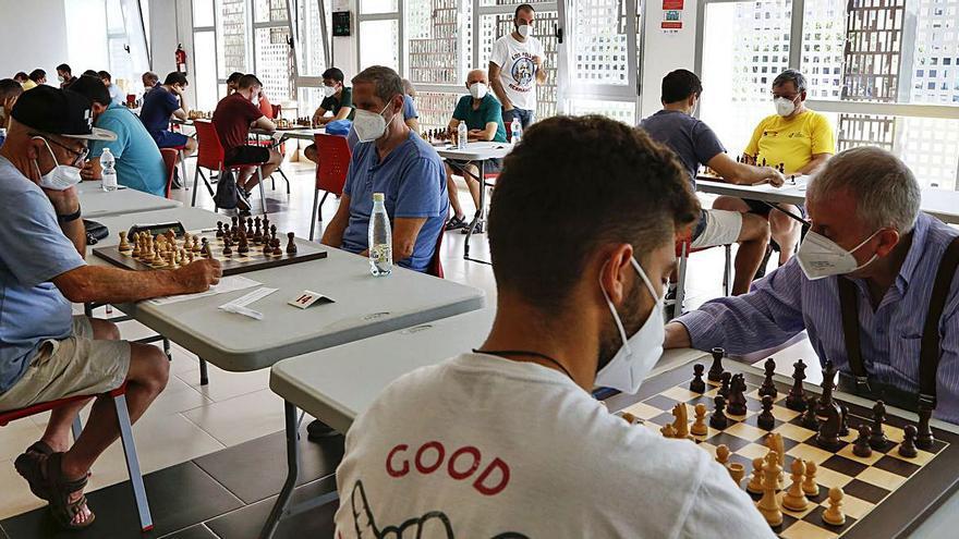 Mislata acoge  el torneo de ajedrez con 130 participantes