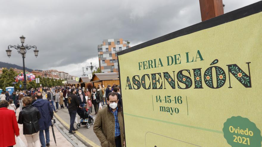 """La Ascensión se despide de Oviedo con otro lleno hasta la bandera: """"La gente ya quiere normalidad"""""""