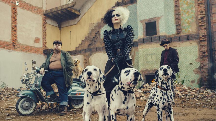 Emma Stone eclipsa la cartelera como 'Cruella'