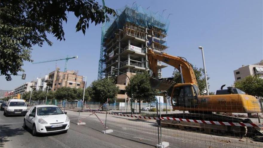 Urbanismo asegura que se impulsará la reforma de la avenida de Trassierra en los próximos meses