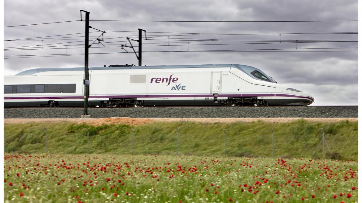 Diez años de conexión a alta velocidad entre Madrid y Valencia