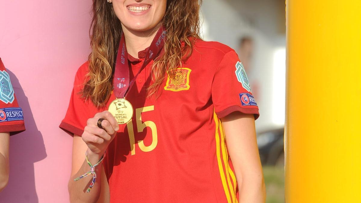 Consuelo Campoy, con la medalla de campeona de Europa