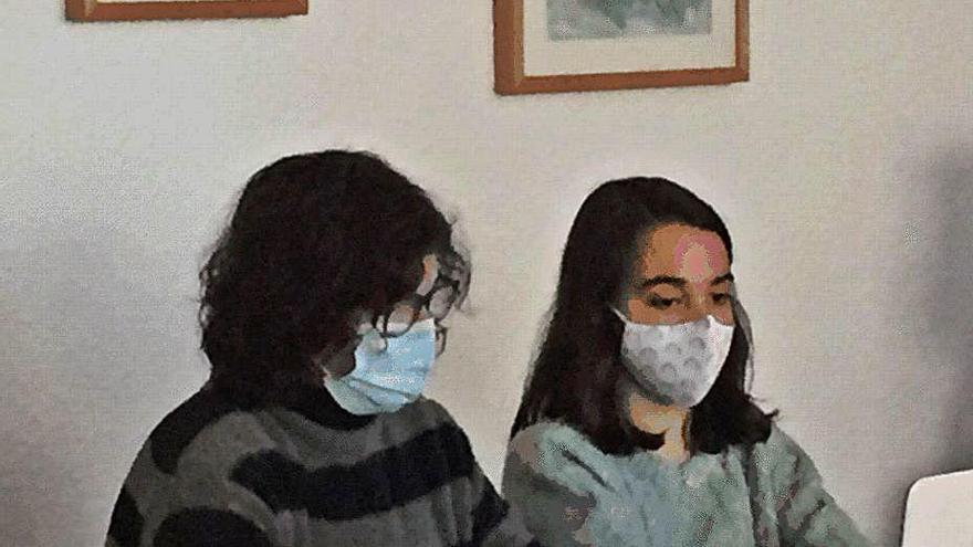 Tres alumnas del IES Floridablanca, premiadas por la UNED