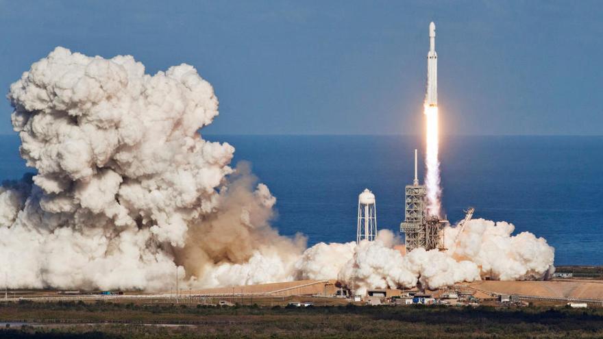 SpaceX cierra sus misiones del año 2020 enviando al espacio un satélite espía