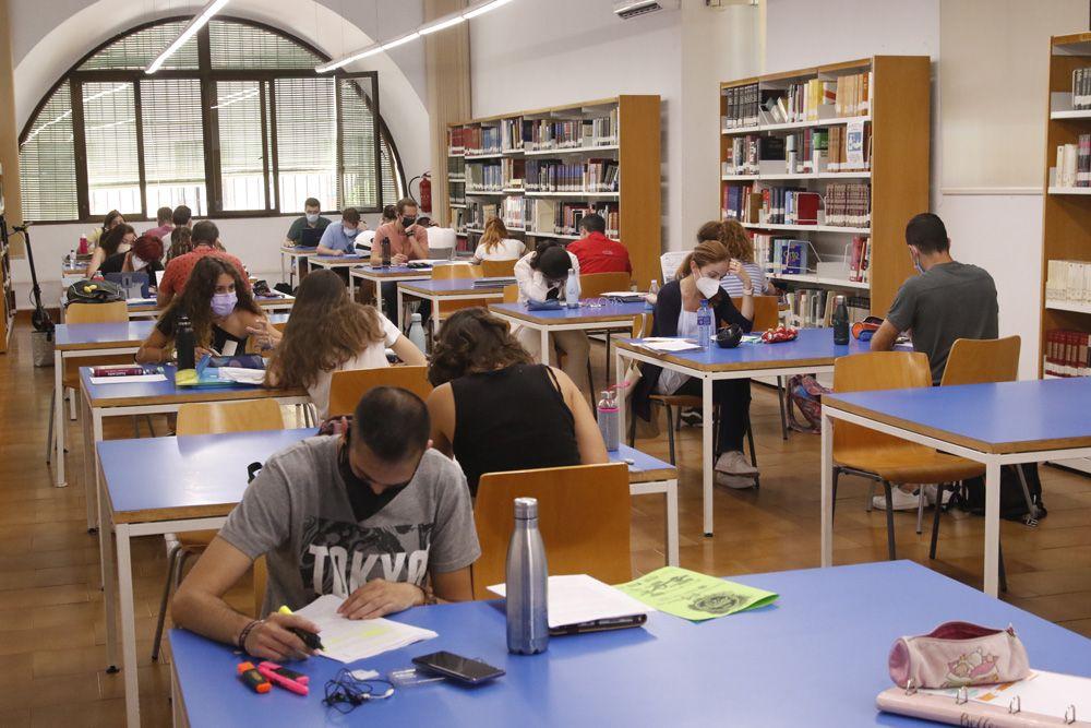 Las bibliotecas cordobesas a tope por los exámenes y la Pevau