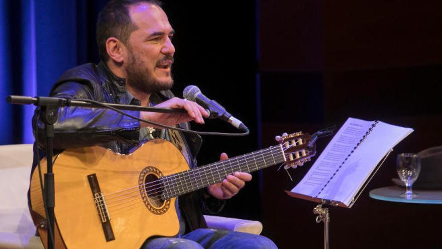 Ismael Serrano trae a Tenerife su último trabajo