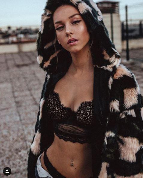 Las mejores fotos de Ester Expósito