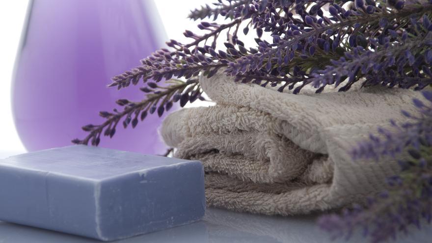 Cinco trucos para lavar las toallas y que queden bien suaves