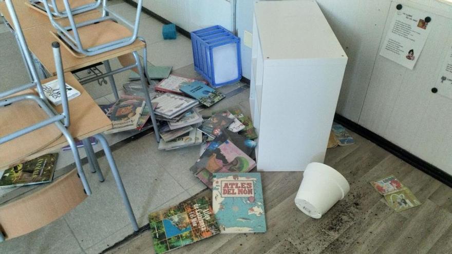 L'Ajuntament de Bàscara denuncia destrosses a l'escola