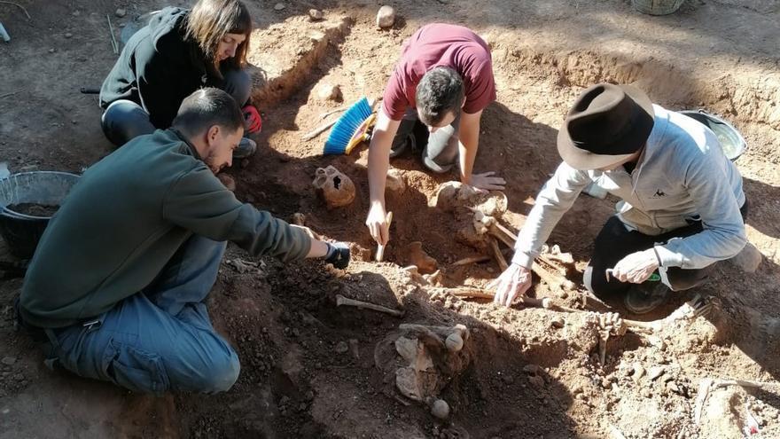 Buscan en Belchite los restos de 430 fusilados de la guerra civil