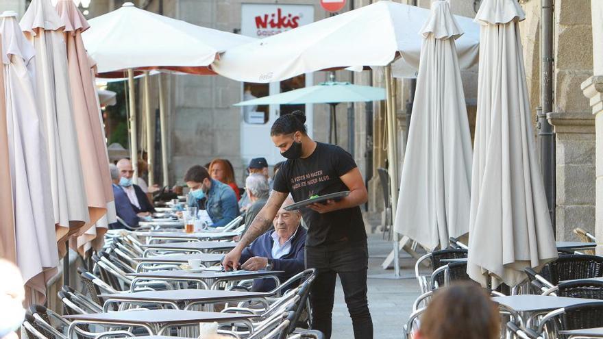 Castilla y León permitirá que los locales nocturnos ejerzan como hostelería y restauración