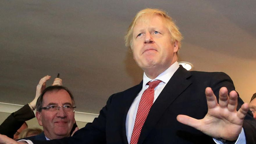 Johnson inicia una semana intensa con nombramientos en su Gobierno