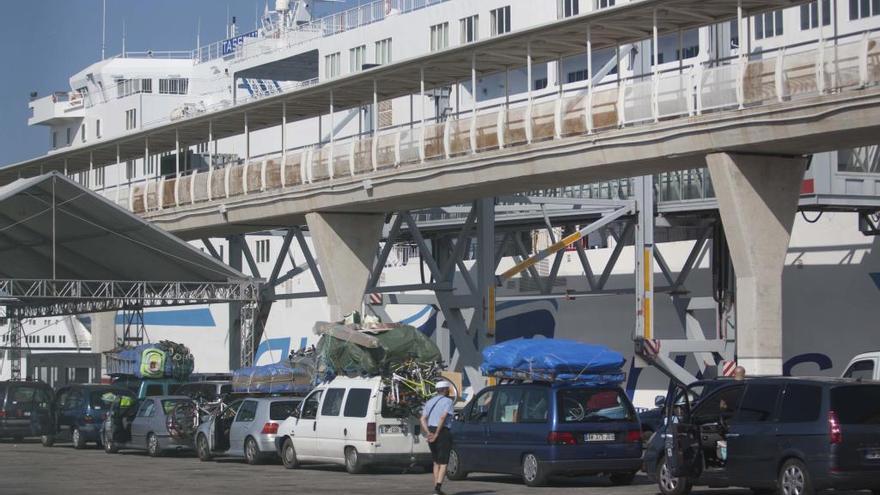 El Puerto de València se incorpora este verano a la Operación Paso del Estrecho