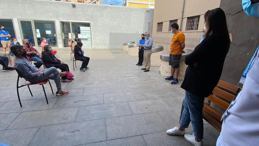 El Ayuntamiento de Santa Cruz de Tenerife habilita un nuevo espacio de acogida para las personas sin hogar