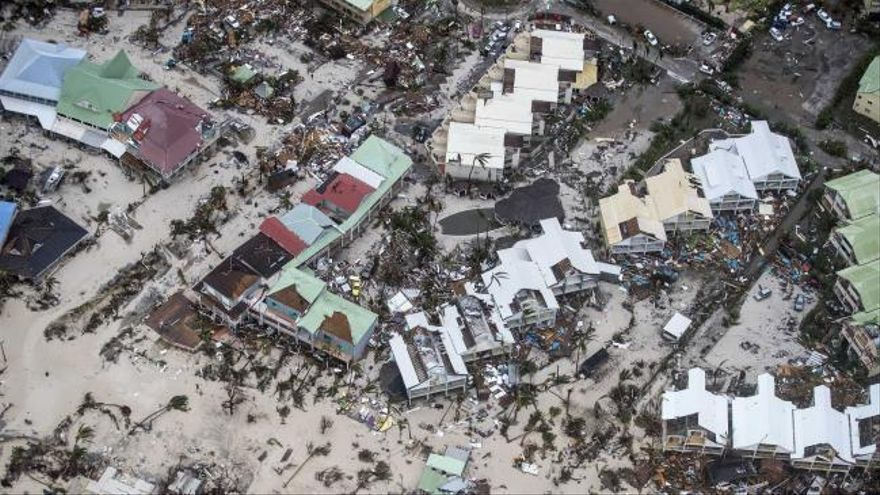 "El ""periodo de gracia"" de un Pizza Hut ante la llegada del Irma"