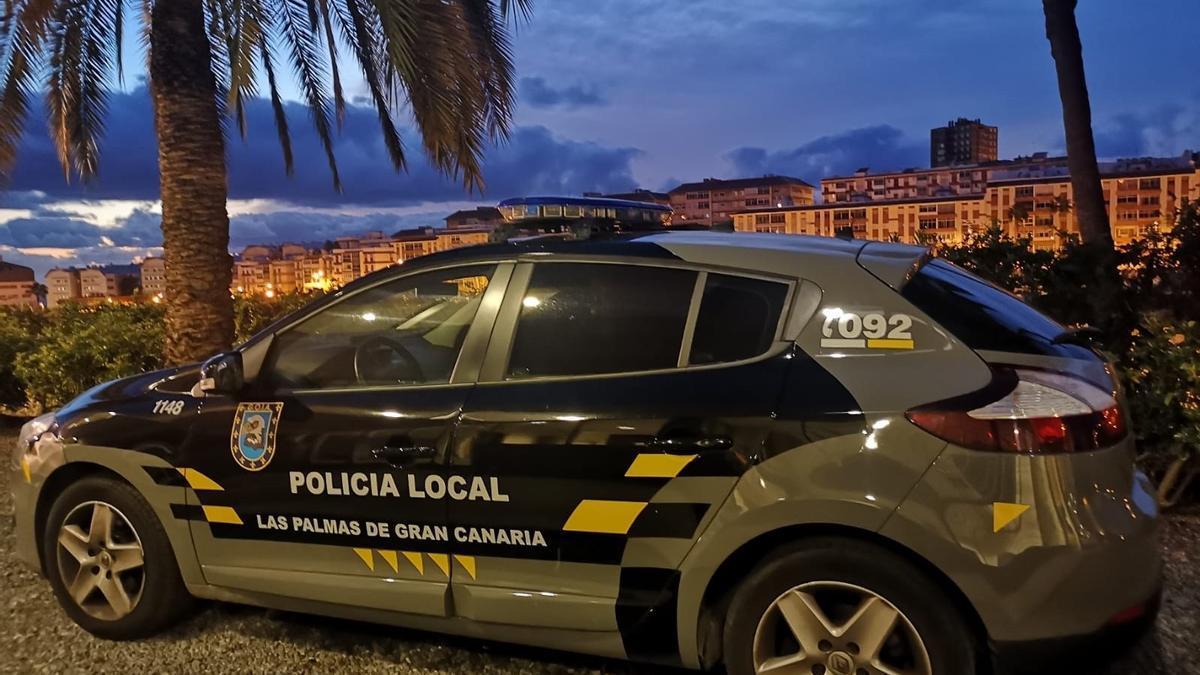 Coche de la Unidad GOIA-UE de la Policía Local de Las Palmas de Gran Canaria