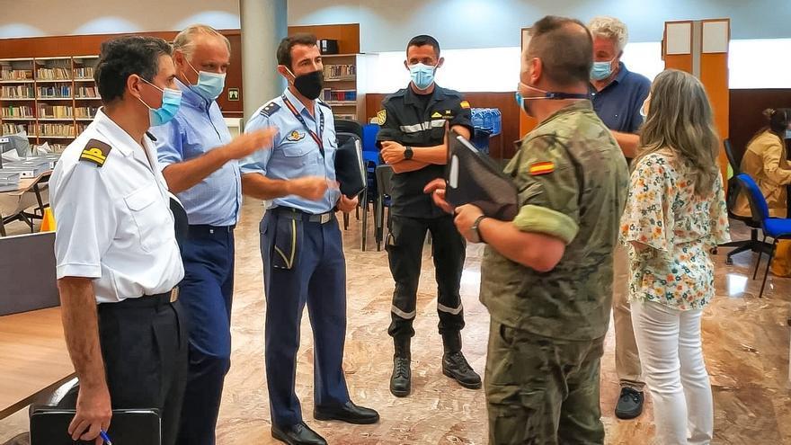 El general Jefe de la Brigada Canarias XVI toma el relevo de rastreo en el Archipiélago