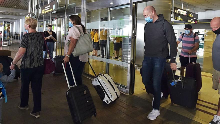 Banda ancha, buen tiempo y seguridad sanitaria, las claves de Canarias como destino para teletrabajadores