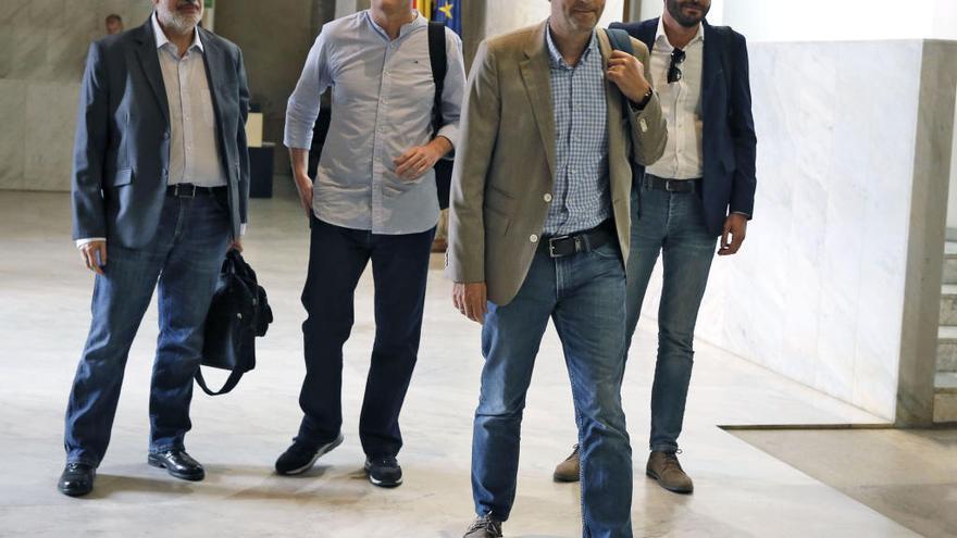 Los socialistas repescan como asesor a otro exdiputado de Ciudadanos