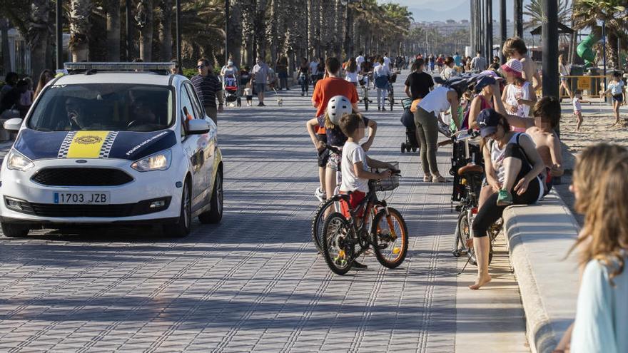 Piden más control por los excesos en algunas terrazas del centro y El Palmar