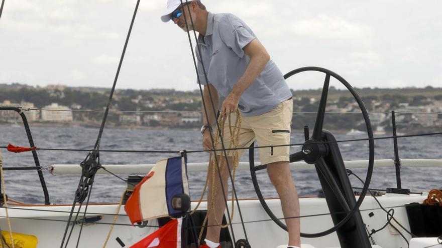 "Felipe VI vuelve a competir en vela en Palma: ""Poder volver a navegar es una maravilla"""