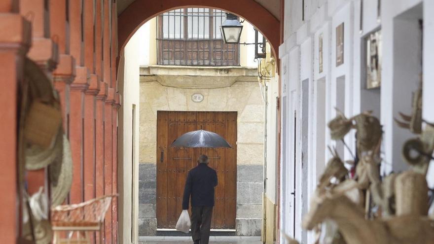 Tiempo en Córdoba:  cielos nubosos con chubascos y tormentas ocasionales