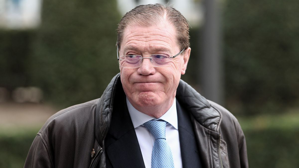 El ex consejero delegado del Banco de Valencia, Domingo Parra, a su llegada a la  Audiencia Nacional
