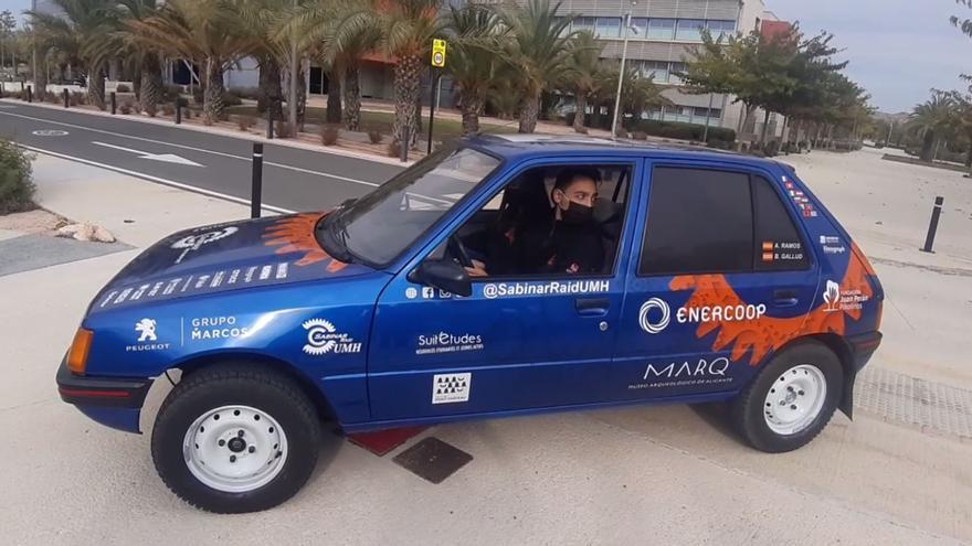 Dos alumnos de la UMH cruzarán la península ibérica con un coche de 1989 y sin utilizar el GPS