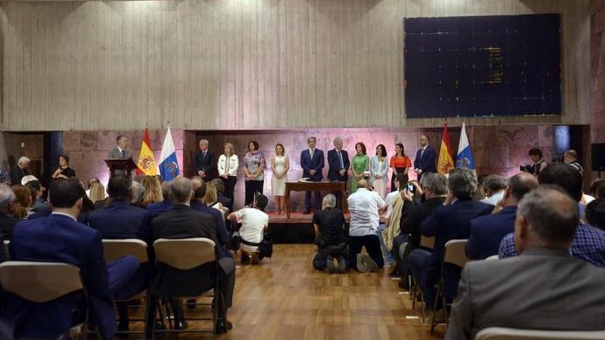 Torres define la estructura del gobierno con diez consejerías e intercambio de competencias