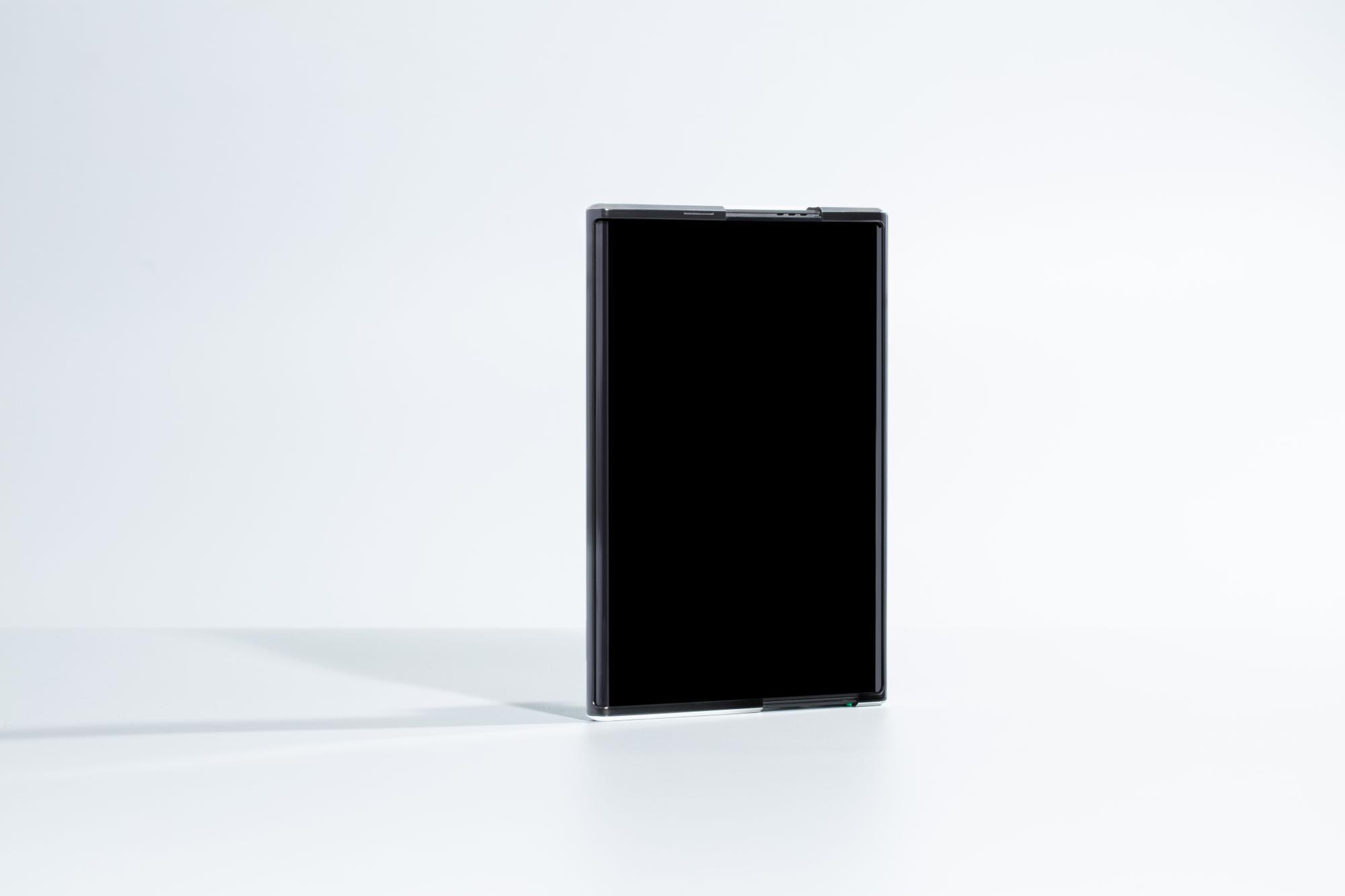 Así es el OPPO X 2021: el primer móvil enrollable