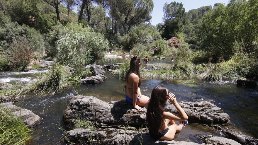 Córdoba tiene una quincena de zonas prohibidas al baño