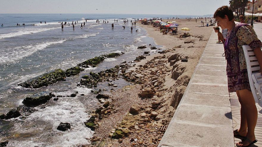 El puerto de València agrava la erosión de las playas de Sueca