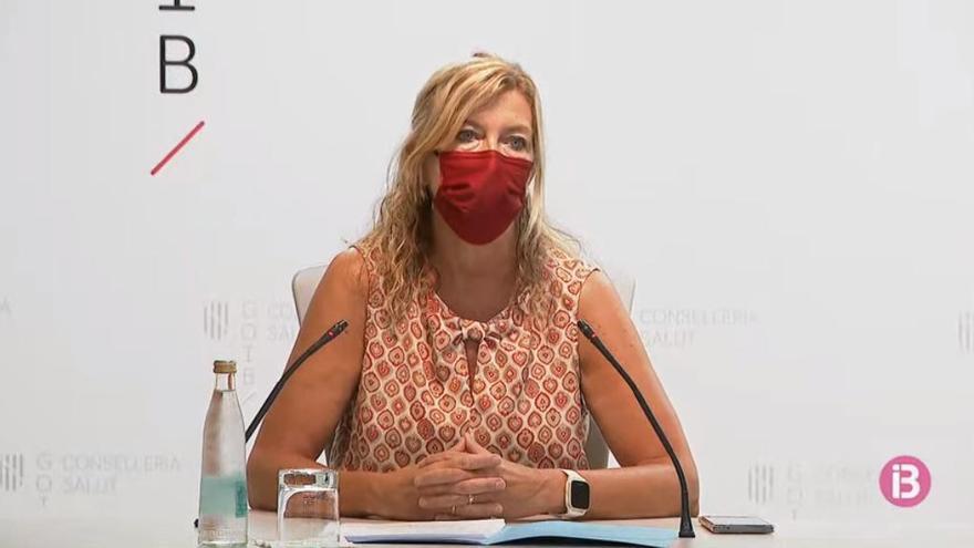 Gesundheitsministerin ruft auf Mallorca eindringlich zur Corona-Impfung auf
