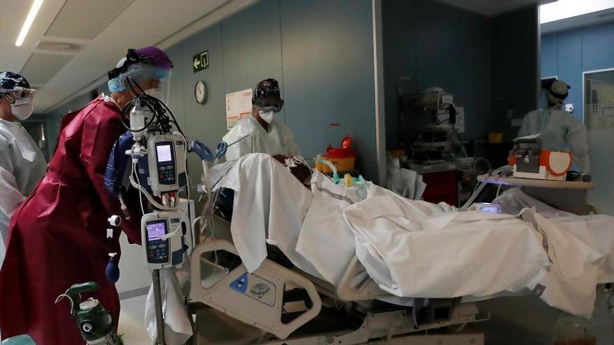 Casi 5.000 casos activos de coronavirus menos en una semana en la Región