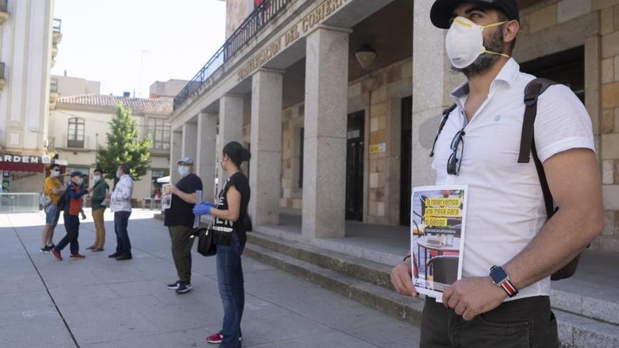 """Los hosteleros zamoranos """"indignados"""" piden a la Junta que suprima limitaciones en la fase 3"""