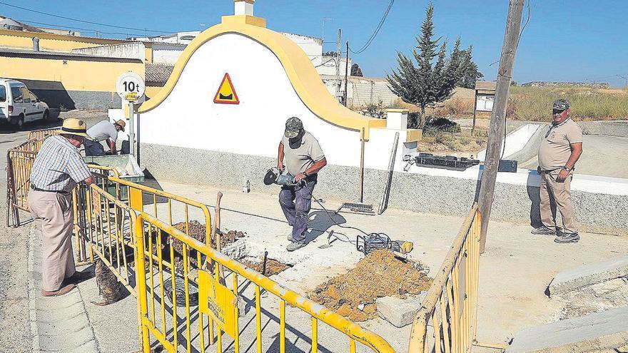 El Ayuntamiento trata de recuperar el caudal de la Fuente de El Pez